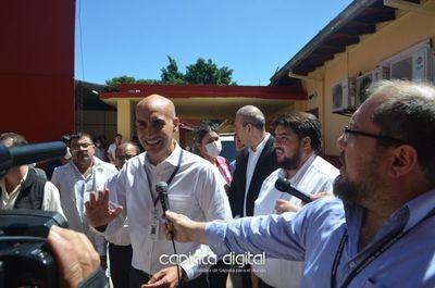 Diputado dona insumos y equipos médicos por valor de 500 millones al hospital de Capiatá