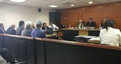 Coquitos de oro: Rechazan nueva chicana de Soares y ordenan que continúe el juicio oral