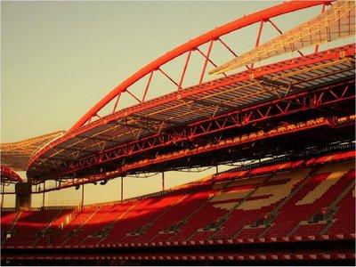 El Benfica dona un millón de euros para comprar material médico