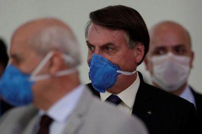Jair Bolsonaro admite que puede estar infectado con coronavirus