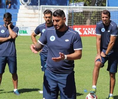 Mario Jara apunta al profesionalismo de sus jugadores