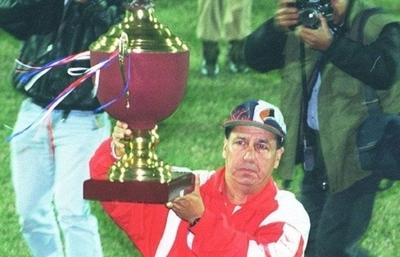 HOY / Zacarías, el hombre récord, y aquella histórica Copa Conmebol del 95 con Colegiales