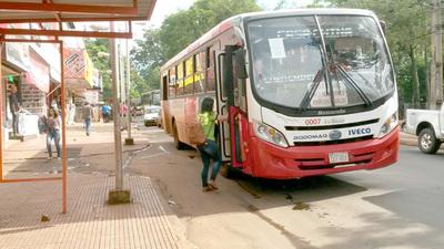 Buses paralizan itinerarios en CDE