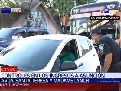 Policía realiza control riguroso de vehículos que ingresan a Asunción