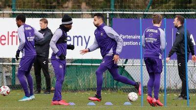 Varios clubes belgas aplican paro temporal