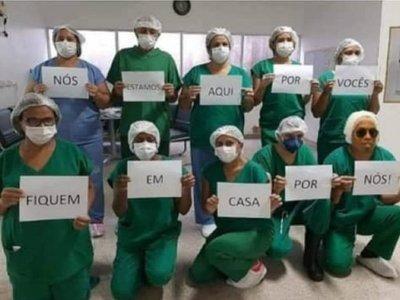 Meme de Ronaldinho aparece en campaña del Ministerio de Salud de Brasil