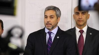 Abdo pide aprobación de 1.600 millones de dólares para contingencia económica y sanitaria