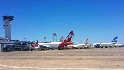 El coronavirus obliga a cancelar vuelos comerciales en aeropuertos de Luque y Minga Guazú •