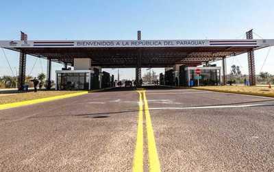 Polémica en redes sociales por cierre de fronteras