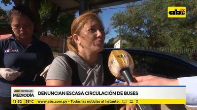 Denuncian escasa circulación de buses