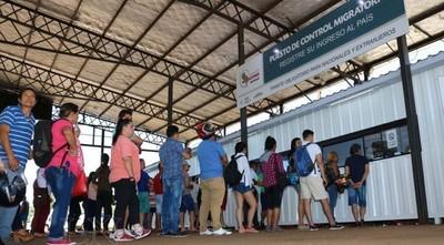 Más de 400 paraguayos quedaron sin trabajo en el exterior y piden volver al país