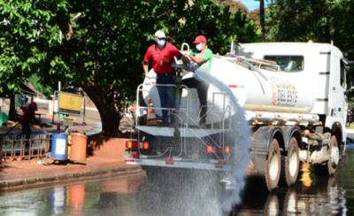 HOY / Ciudad del Este intensifica trabajos de desinfección en todas sus áreas