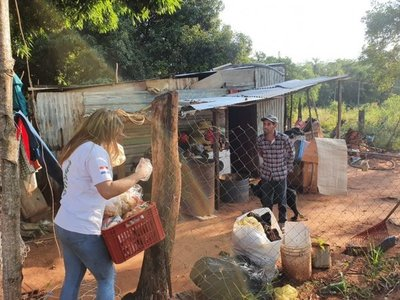 Más jóvenes se suman a repartir víveres ante pandemia del Covid-19