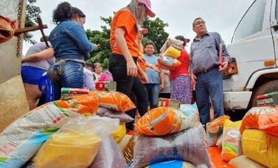 Descoordinación con municipios y hackeo de plataforma alargan la espera la entrega de kits de alimentos.