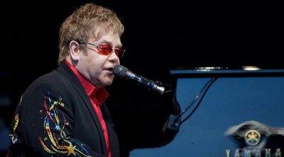 Elton John encabezará concierto benéfico desde casa