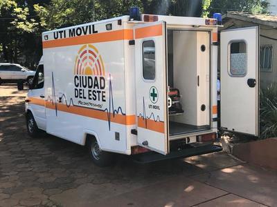 Municipalidad entrega ambulancia con UTI al Hospital Regional de CDE