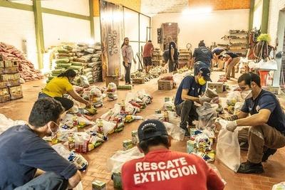 En Presidente Franco entregan víveres a familias más carenciadas