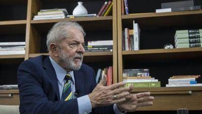 Lula pide renuncia o impeachment de Bolsonaro