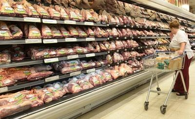 Buena noticia: Bajan precios de la costilla y de otros productos de la canasta básica