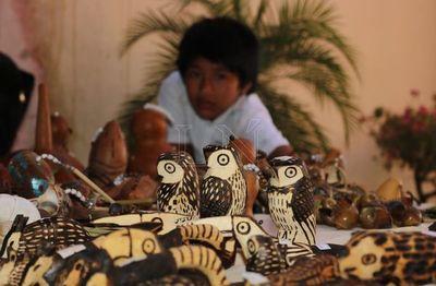 Artesanos ofrecen sus productos mediante catálago virtual