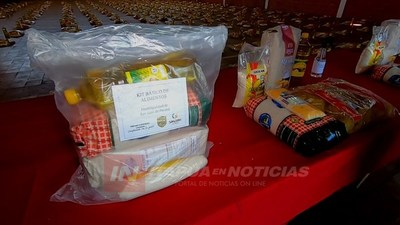 INTENDENTE DE SAN JUAN DEL PARANÁ PREPARA KITS DE EMERGENCIA.