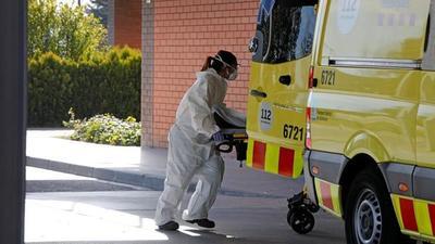 España acelera hospitales de campaña a la espera de avalancha de pacientes