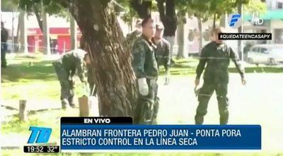 Alambran frontera en Pedro Juan