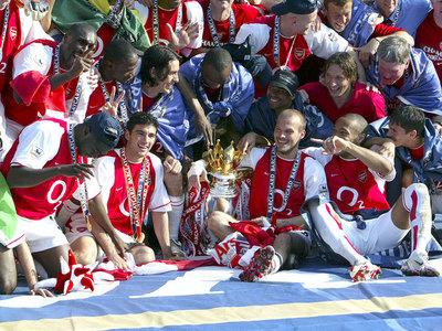 El Arsenal estrena un documental sobre el equipo invencible de 2004