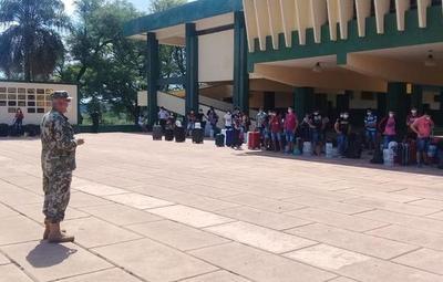 Paraguayos en Foz do Iguazú ingresarán mañana al país
