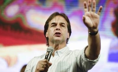 """HOY / Uruguay crea su """"Fondo Coronavirus"""" con recorte de salarios públicos"""
