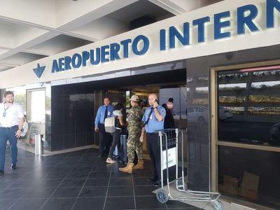 Ratifican que vuelos comerciales seguirán suspendidos y la frontera, cerrada