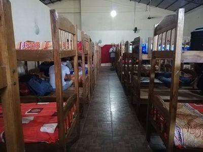 Paraguayos en cuarentena denuncian hacinamiento y temen propagación del coronavirus