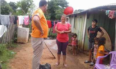 Surgen gestos solidarios con familias más necesitadas