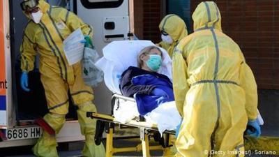 España registra nuevo récord de muertos por coronavirus: 832 personas