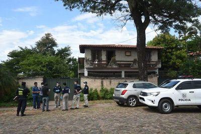 Investigan hallazgo de cadáver en una vivienda de Asunción
