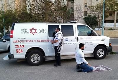 Israel: médicos árabes y judíos unidos contra el nuevo coronavirus