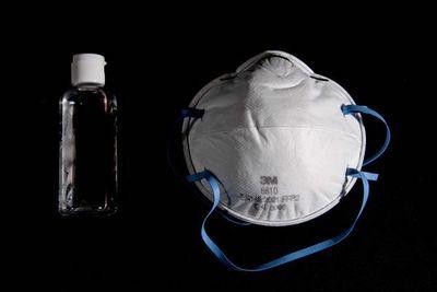 Garantizan abastecimiento de jabones y alcohol en gel