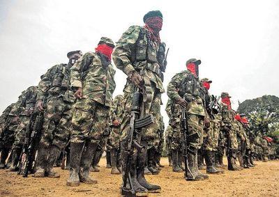 ELN anuncia alto al fuego de un mes en Colombia