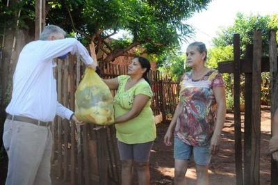 Sectores humildes recibieron víveres de la municipalidad