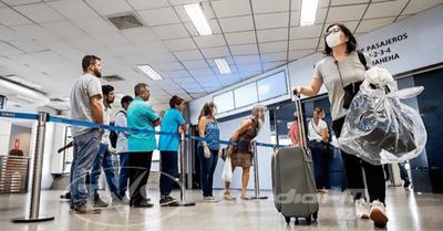 Médico recomienda control en frontera y cuarentena a todos los que ingresen al país, por lo menos hasta julio