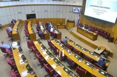 """Recorte permanente a """"excesos"""" en los salarios públicos podría aprobarse mañana en Senado"""