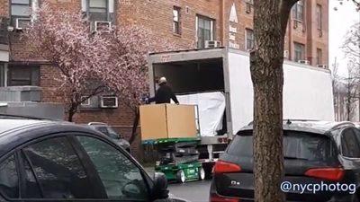 EE.UU.: Morgues saturadas trasladan cuerpos en camiones refrigerados