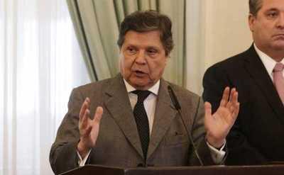 Ministro del Interior aclara que no habrá prohibición, si estricto control