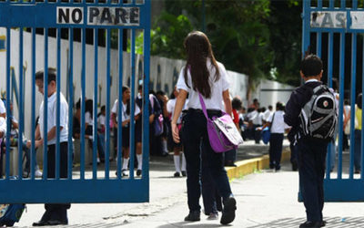 Colegios privados podrán seguir cobrando cuotas