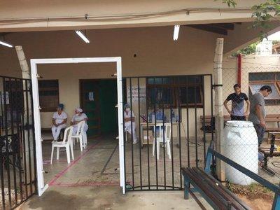 Coronavirus: Donan aspersor desinfectante automático a hospital