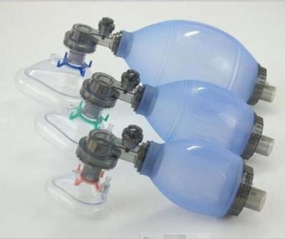 Voluntarios fabrican respirador para el hospital de Santaní
