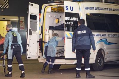 Francia supera a China en cantidad de muertes por Covid-19