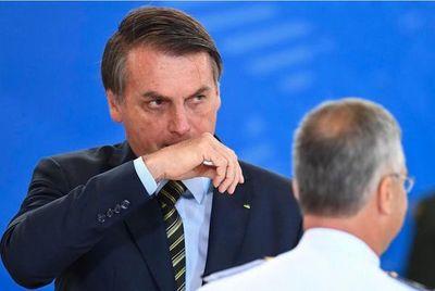 Jair Bolsonaro se aísla políticamente en Brasil