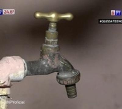 Vecinos del barrio Nazareth otra vez sin agua
