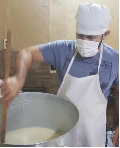Reclusos del penal de CDE elaboran yogurts de soja